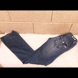 Miss Me jeans, size 25, great condition.